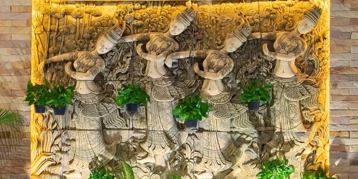 The Entrance of Ruan Songnaree at 12/20 Soi Sukhunvit 33, Sukhumvit Rd Klongton Nua, Wattana Bangkok