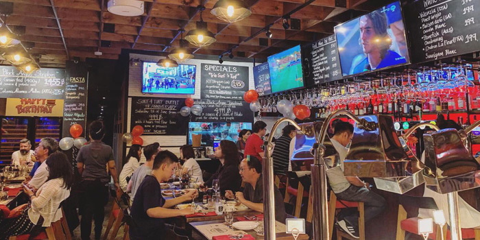 Ambience of The Steakhouse & Co. at 9/8 Patpong Soi 2 Silom, Bang Rak Bangkok