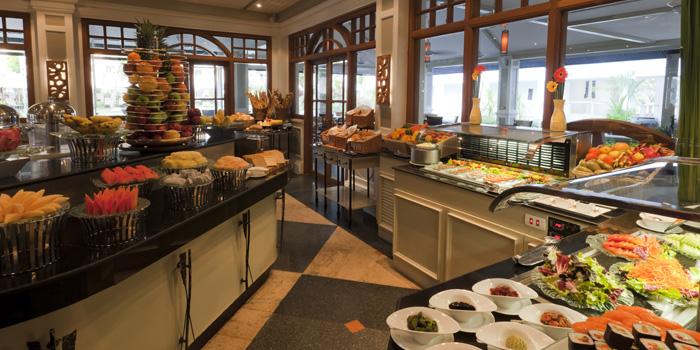 Buffet Line of  Bodega & Grill in Bangtao, Phuket, Thailand.