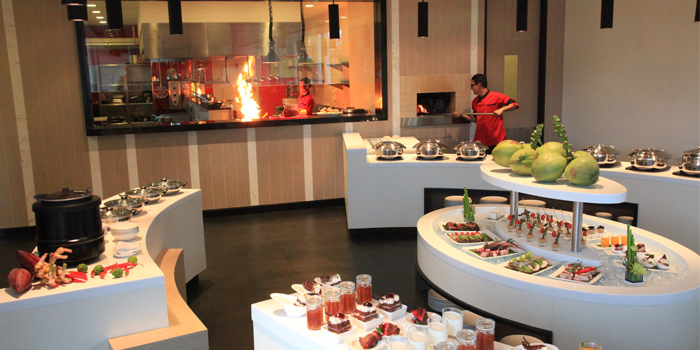 Buffet Line of  Panache Restaurant in Bangtao, Phuket, Thailand.