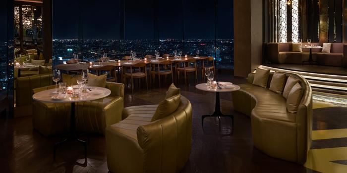 Dining Area of SEEN Restaurant & Bar Bangkok at AVANI Riverside Bangkok Hotel, Charoennakorn Road, Bangkok
