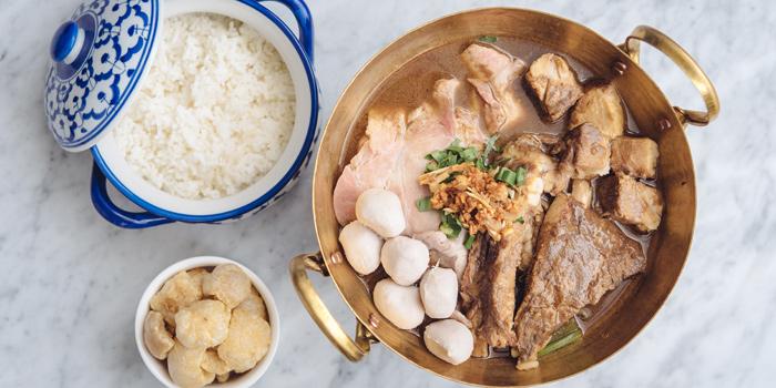 Main Dishes from Mai Mai Eatery at The Peninsula Plaza 1 Fl. 117-118 Ratchadamri rd Lumpini, Patumwan Bangkok