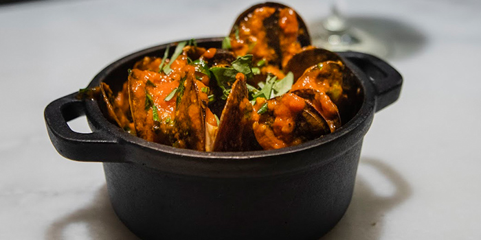 Mussels with Tomato Sauce and Tarragon, El Cerdo, Wan Chai, Hong Kong