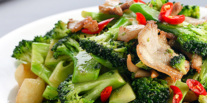 Fire-fried Broccoli with Sausage from Big and Small Restaurant in Tanjong Pagar, Singapore