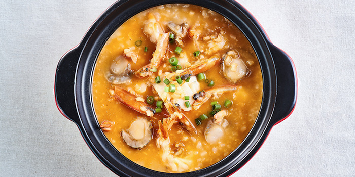 Signature Seafood Porridge from Big and Small Restaurant in Tanjong Pagar, Singapore