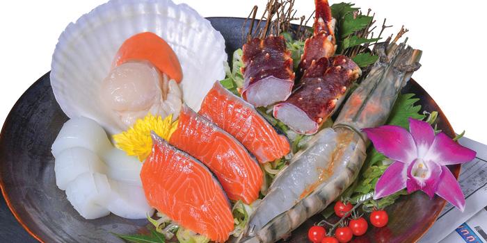 Seafood Platte From Tetsu at Central Embassy 5th Floor, Pleonjit Road Lumpini, Pathumwan Bangkok