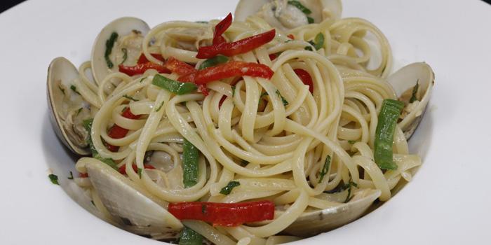 Spaghetti with clams, Stuffed Kitchen@mazu, Lan Kwai Fong, Hong Kong
