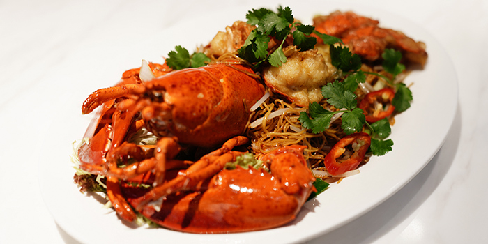 Stir-fried Lobster with Ginger & Scallions, SHÈ, Central, Hong Kong