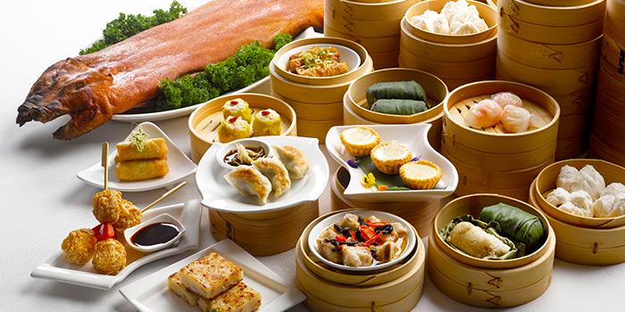 Premium Weekend Menu from Szechuan Court in Fairmont Singapore, Singapore