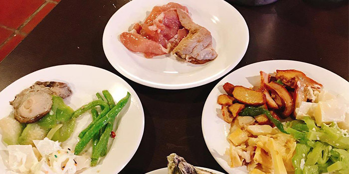 Vegetable and Chicken, Thai BBQ Shrimp, Yuen Long, Hong Kong