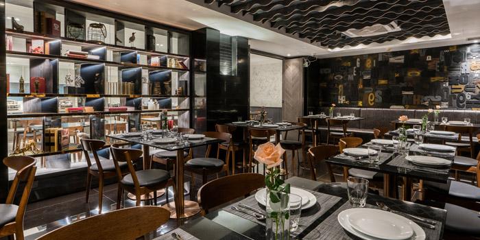 Ambience of S-SEN Brasserie & More at 2nd Floor Hotel Verve Bangkok 22/1 Sukhumvit 55, (Soi Thonglor) Klongton Nua, Watthana Bangkok
