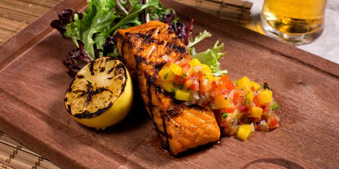 Grilled Salmon from Cali-Mex Bar and Grill @ Sukhumvit 11 at 26/8, 26/9 Soi Sukhumvit 11, Room B4, B5 Klong Toey Nua, Wattana Bangkok