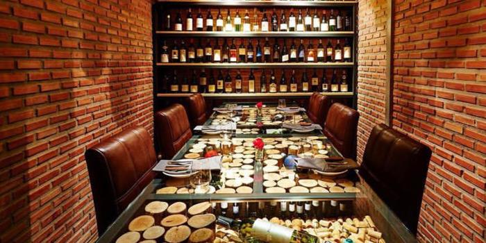 Private Dining Room from MAKI BAR - Firewood Grill Bangkok at 36/1, 2nd Floor, Soi Prompak Klongton Nuea, Wattana Bangkok