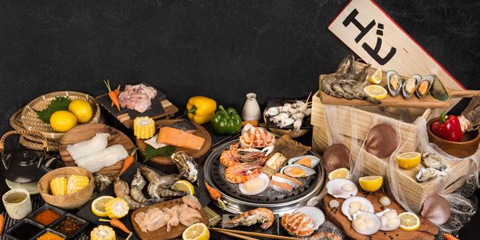 Fresh Seafood Selection from Ebi Sensei at Siam Square soi 10 Rama I Rd, Pathum Wan Bangkok