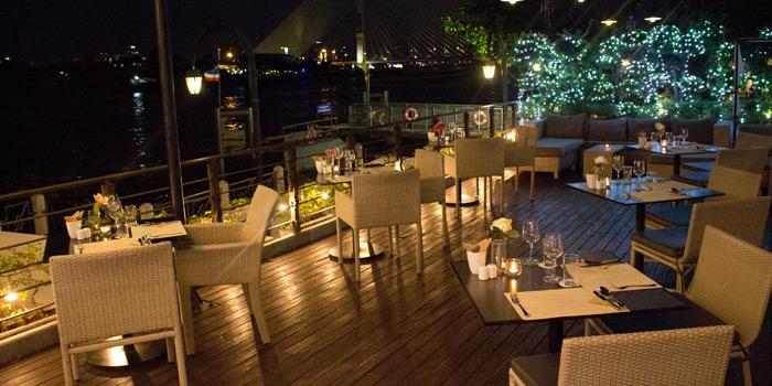 Ambience of babble & rum at Riva Surya Hotel 23 Phra Arthit Road Chanasongkhram Phranakorn Bangkok