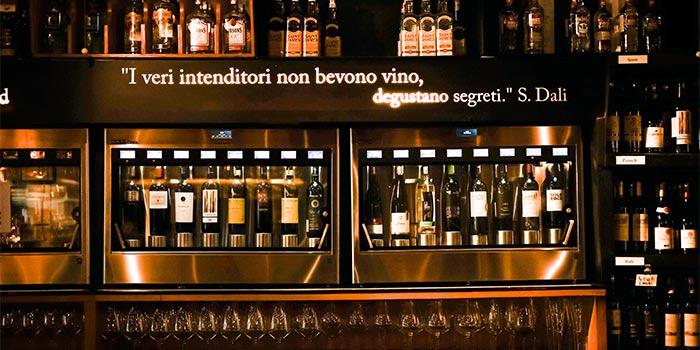 Bar 4 at Bacco