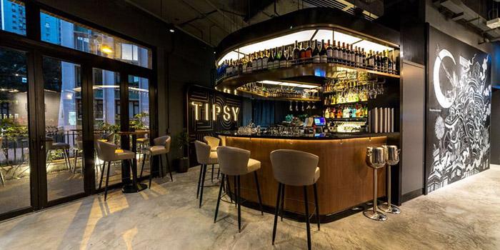 Bar Area, Tipsy Restaurant & Bar, Tai Hang, Hong Kong