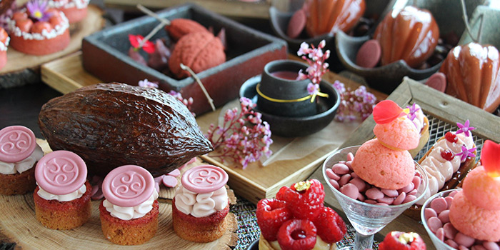 Brunch Desserts from SKAI Restaurant at Swissotel the Stamford in City Hall, Singapore