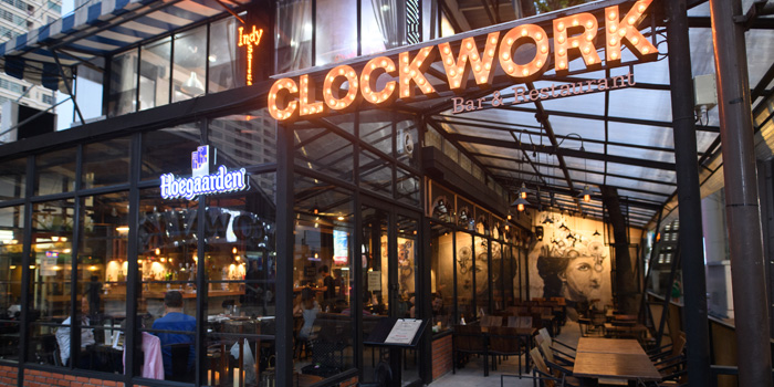 Entrance of Clockwork Bar & Restaurant  at CoCoWalk Thanon Phetchaburi, Ratchathewi Bangkok