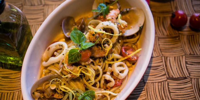 Food from Pizzaria at Hyatt Regency Bali