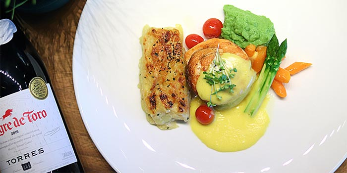 Norwegian Salmon from Riva Grill Bar & Terrace at The Park Lane Jakarta in Kuningan, Jakarta