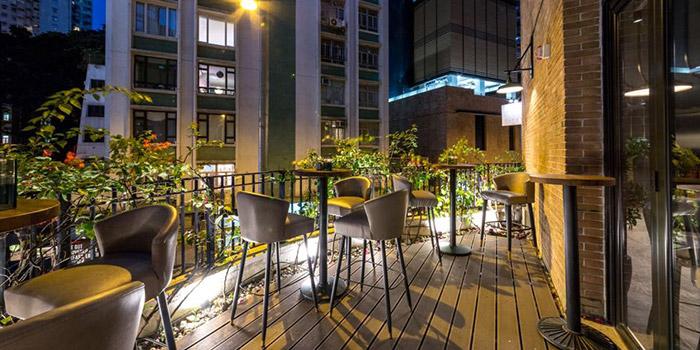 Outdoor Area, Tipsy Restaurant & Bar, Tai Hang, Hong Kong