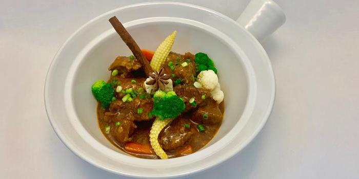 Pork Stew from Albricias at Chatrium Residence Sathon, Soi Naradhiwas 24, Bangkok