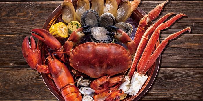 Royal Combo, Crabus Restaurant & Bar, Causeway Bay, Hong Kong