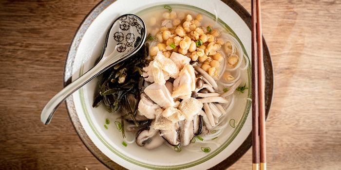 Hung Braised Chicken Rice Noodle from Chuan Hung in Telok Ayer, Singapore