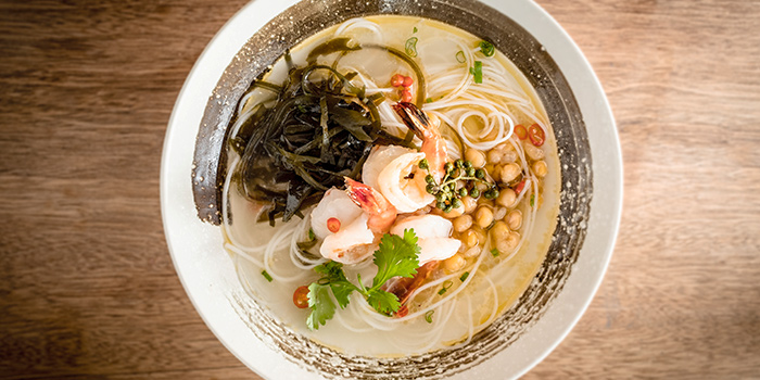Hung King Prawns Rice Noodle Vine Pepper from Chuan Hung in Telok Ayer, Singapore
