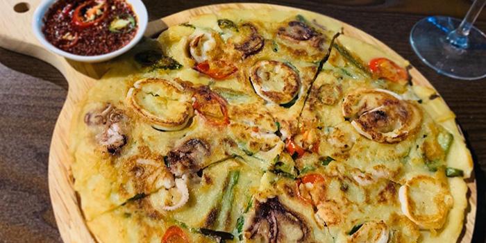 Seafood Pancake from Honey Night 꿀밤 in Paya Lebar, Singapore