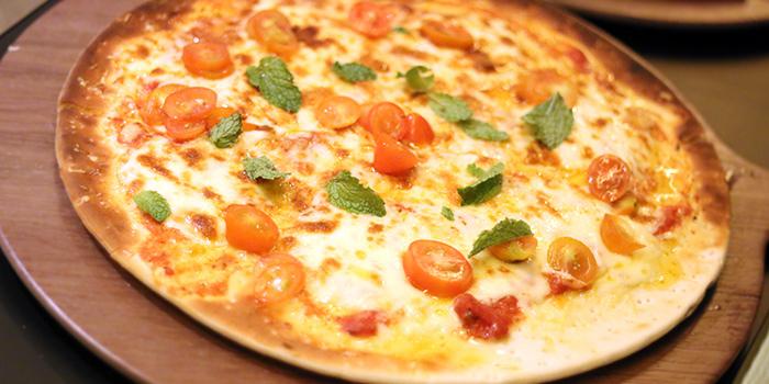Magherita Pizza from Kitchen Kumars in Duxton, Singapore