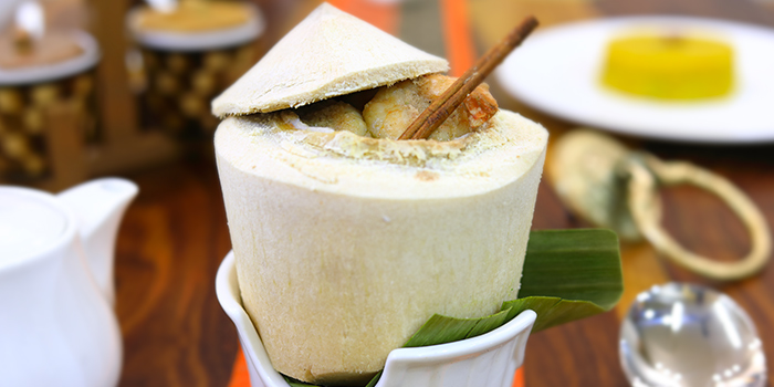 Fresh Coconut from Kolkata Beckons in Little India, Singapore