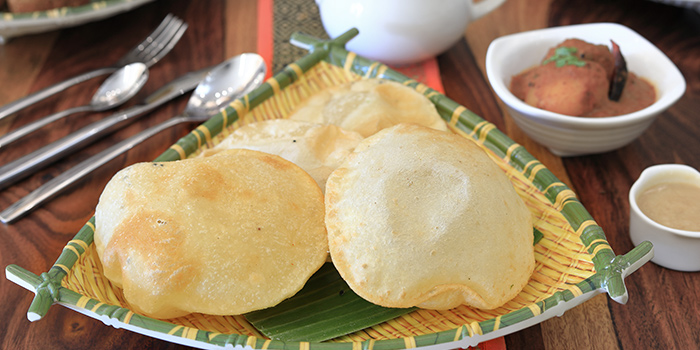 Luchi Torkari Payesh from Kolkata Beckons in Little India, Singapore