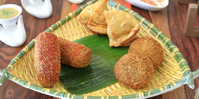 Platter of Bengal Starters from Kolkata Beckons in Little India, Singapore