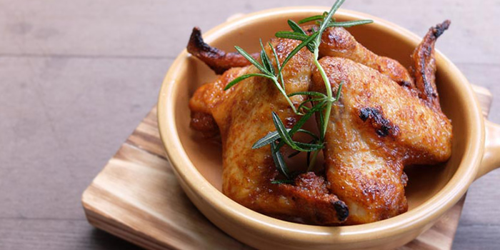 Baked Rosemary Chicken Wings from Peperoni (Botanic Gardens) at Singapore Botanic Gardens in Tanglin, Singapore