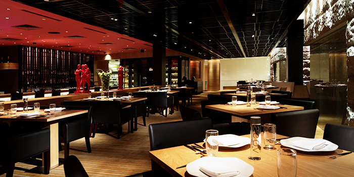 Dining Area of TungLok Heen at Hotel Michael in Sentosa, Singapore