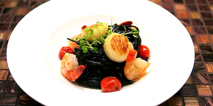 Seafood Squid Ink Pasta from Wonderland Savour (VivoCity) in Harbourfront, Singapore