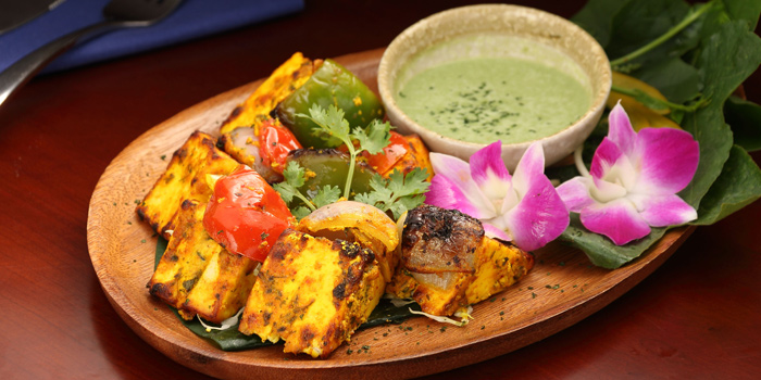 Special Dishes from Nabah Grill & Sky Lounge at Solitaire Hotel Bangkok (Rooftop 16th Floor) 75/23 Sukhumvit Soi 13 Klongtoey-Nua Bangkok