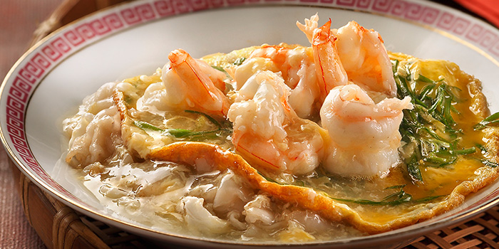 Stir Fried Horfun with Omelette & Prawn from Spring Court in Chinatown, Singapore