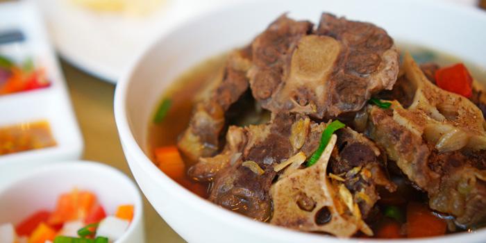 Sup Buntut at Anigre Restaurant, Sheraton Gandaria