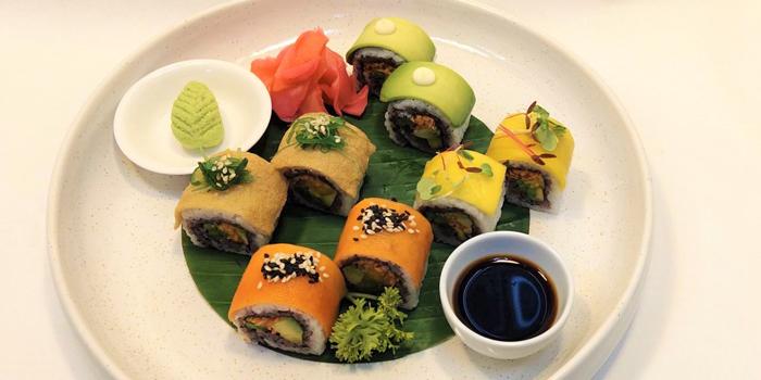 Sushi Vegetarian from Albricias at Chatrium Residence Sathon, Soi Naradhiwas 24, Bangkok