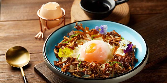 Stir-Fried Egg White with Deep Fried Mushroom, Tian Tian Hainanese Chicken Rice (Causeway Bay), Causeway Bay, Hong Kong