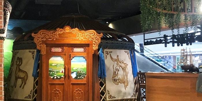Interior 1 at Suan Suan
