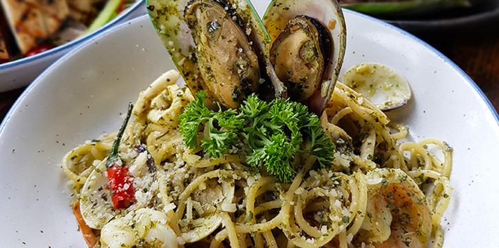Spaghetti Seafood Pesto from Taliwang Restaurant in Bugis, Singapore