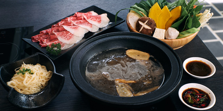 Shabu Set from Hanji at 38 Prompak Alley Khlong Tan Nuea, Wattana Bangkok