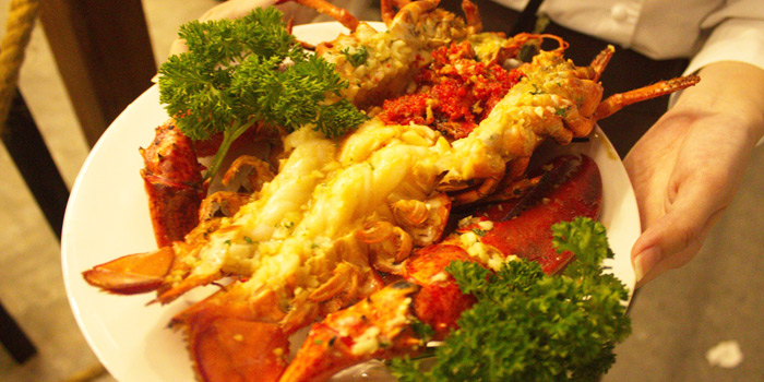Grilled Lobster from Kodtalay Seafood Buffet at 55 Phaya Thai Road Ratchathewi Bangkok