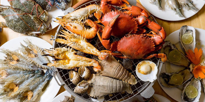 Seafood Selection from Kodtalay Seafood Buffet at 55 Phaya Thai Road Ratchathewi Bangkok