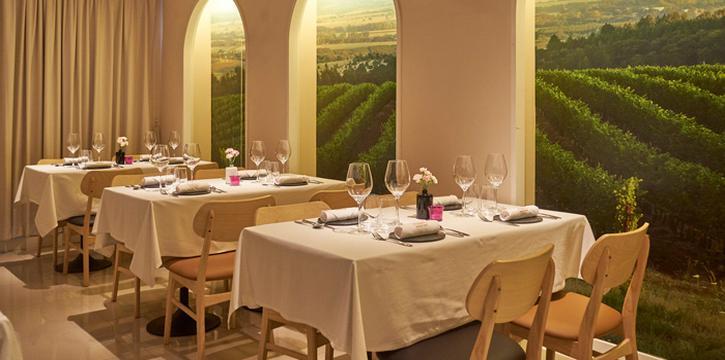 Dining Area from Bodegas Wine at 67/48-49 Moo 8, Ratchaphruek Rd. Bang Krang, Muang Nontaburi Nontaburi
