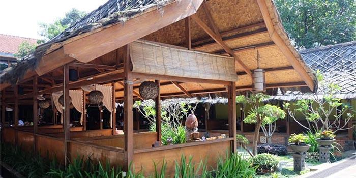 Ambience at Bumi Aki (Bogor)